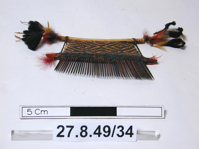 comb (hair ornaments)