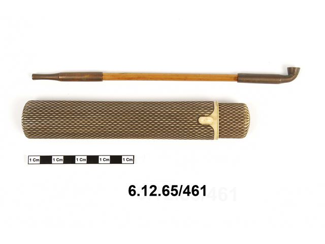 pipe (narcotics & intoxicants: smoking); pipe case