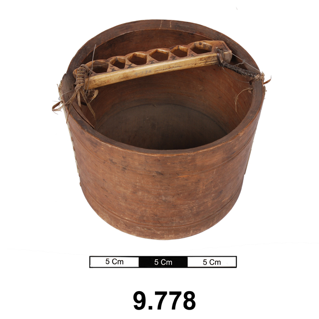 bucket (containers)
