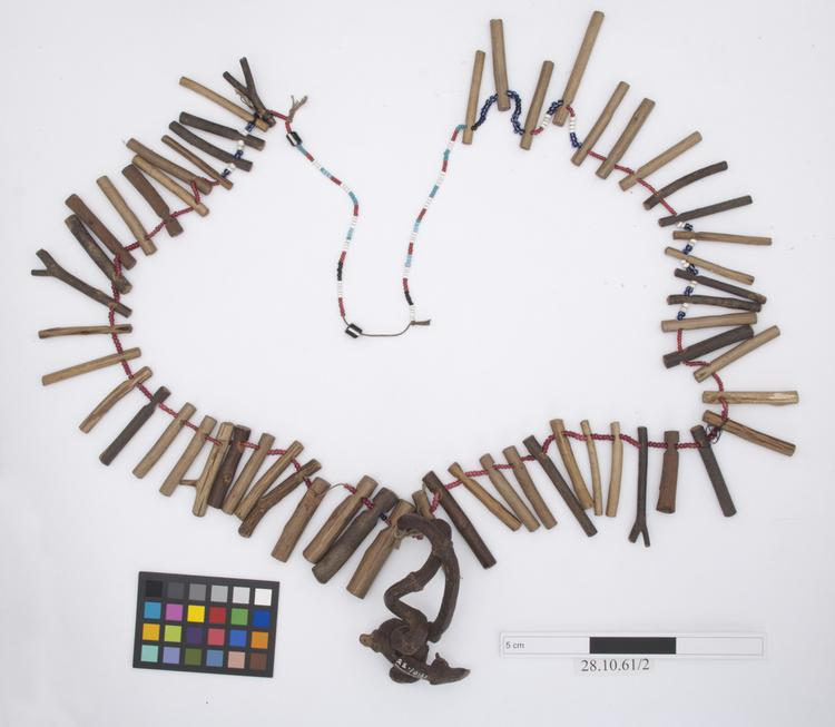 General view of whole of Horniman Museum object no 28.10.61/2