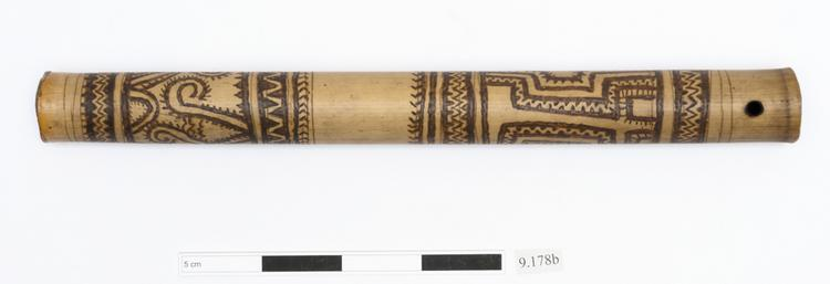 General view of whole of Horniman Museum object no 9.178b