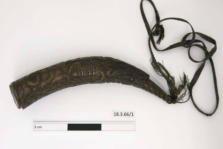 General view of whole of Horniman Museum object no 18.3.66/1