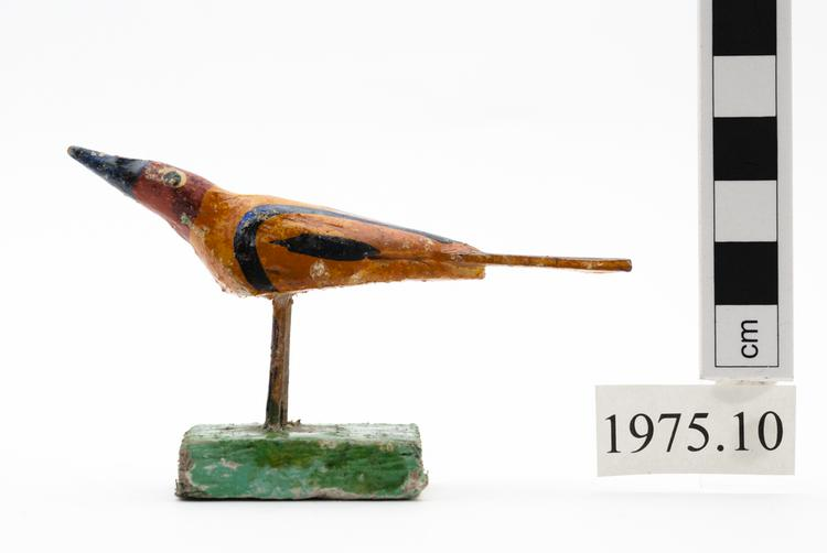 General view of whole of Horniman Museum object no 1975.10