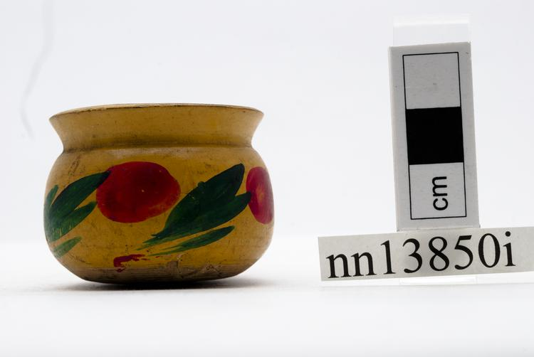 General view of whole of Horniman Museum object no nn13850i