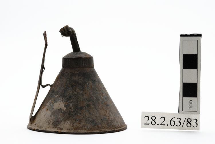 oil lamp (lamp (lighting devices))