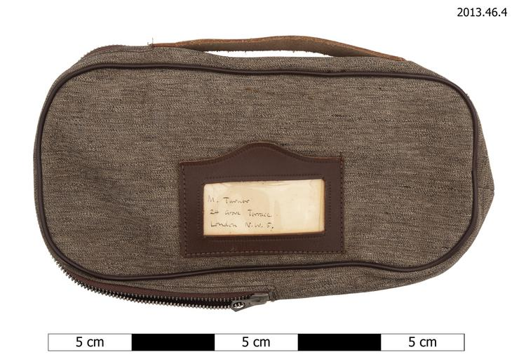 Frontal view of whole of Horniman Museum object no 2013.46.4