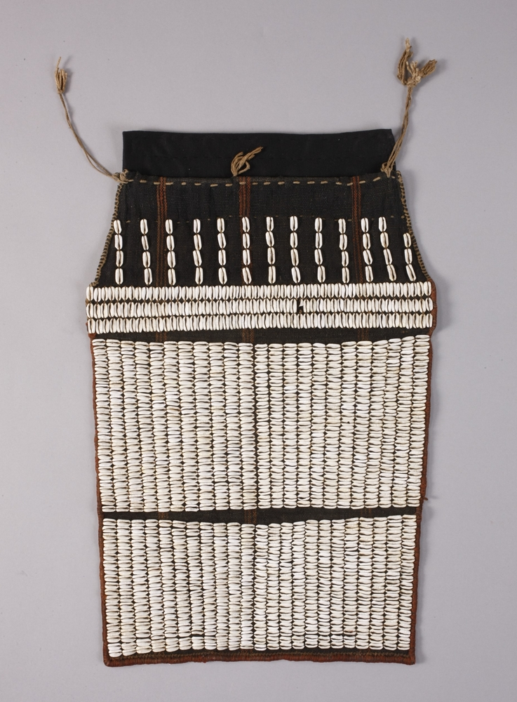 General view of whole of Horniman Museum object no 1969.222