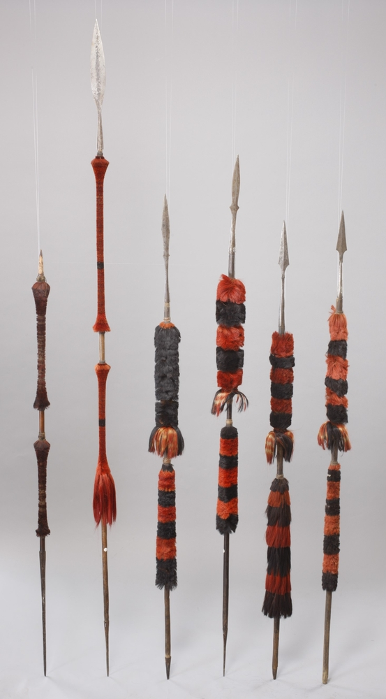 General view of whole of Horniman Museum object no 32.110i