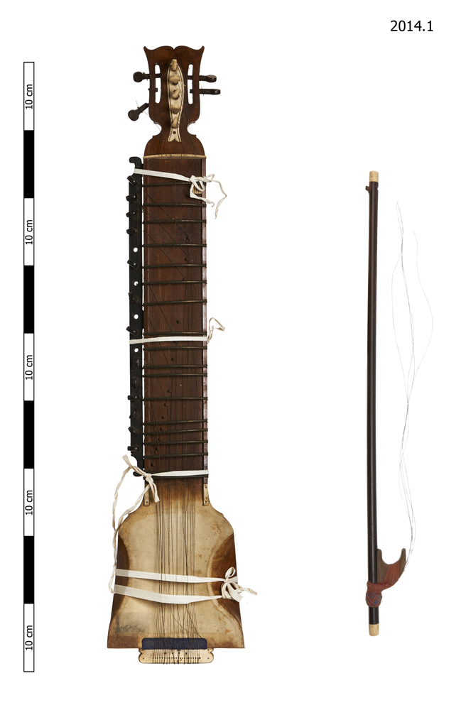dilruba; bow; strings (elements of musical instruments); sample (elements of musical instruments)