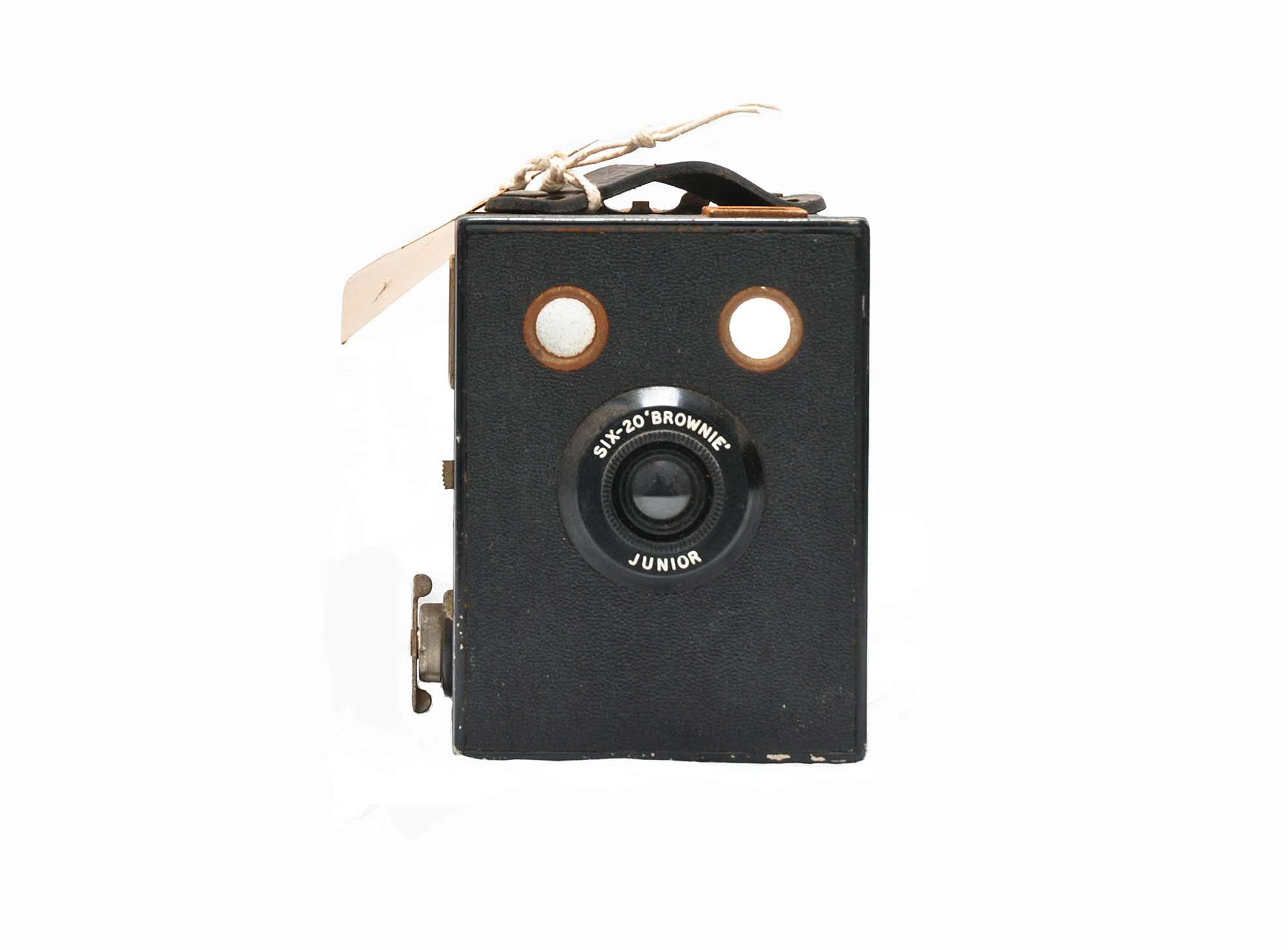 A square old fashioned camera in the centre of a white background